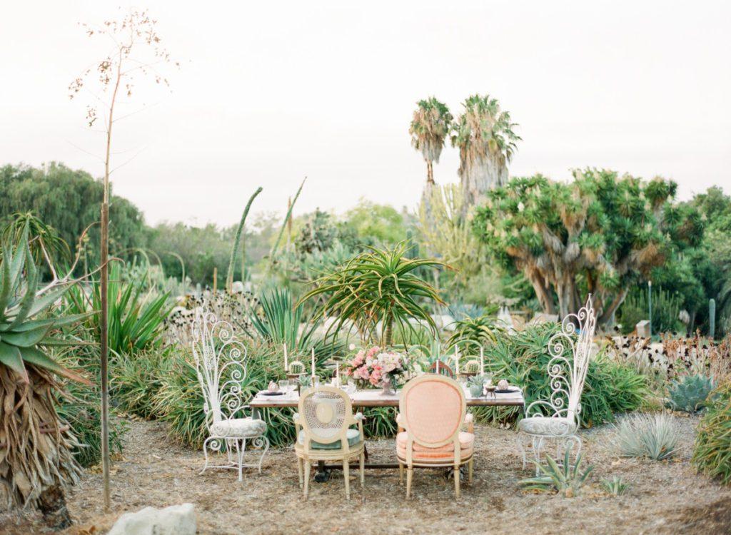 Desert Chic Botanical Garden Wedding By La Petite Gardenia